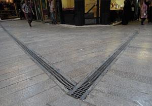 استفاده از کانال پیش ساخته با گریتینگ پلی امید در پروژه بازار تجريش
